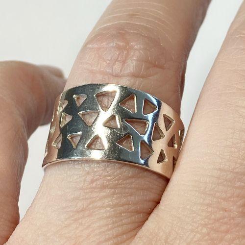 MR Milagro Rousse Anillo diseño geométrico